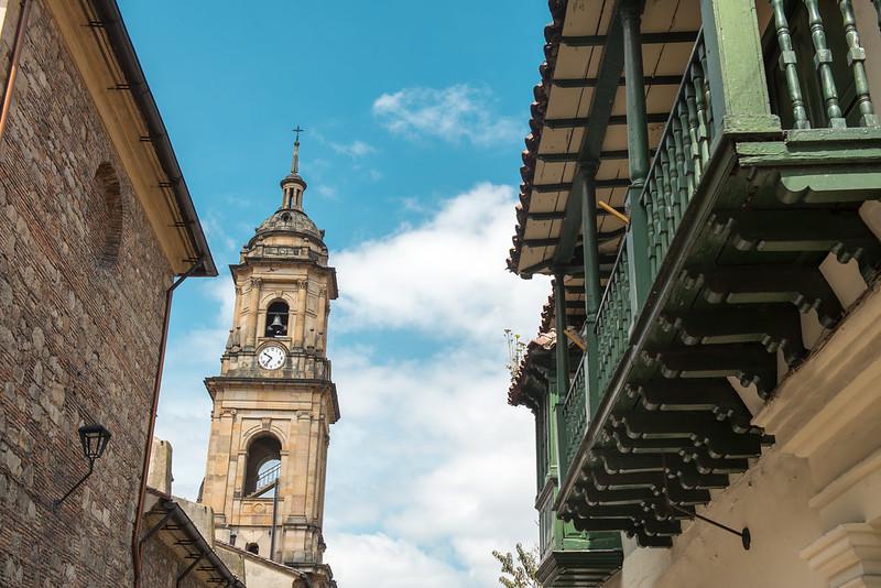 Iglesia en el barrio La Candelaria, Bogotá. Destino Dann